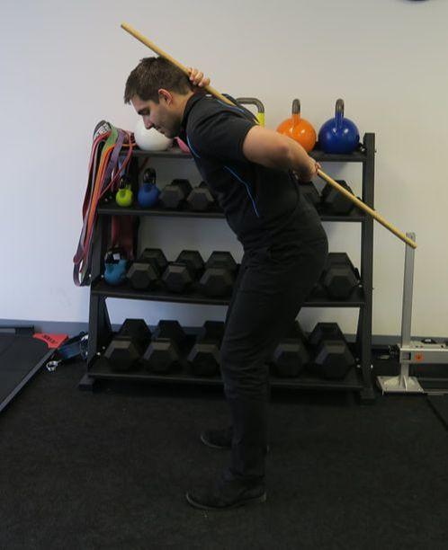 Broomstick Hip Hinge Incorrect End Position